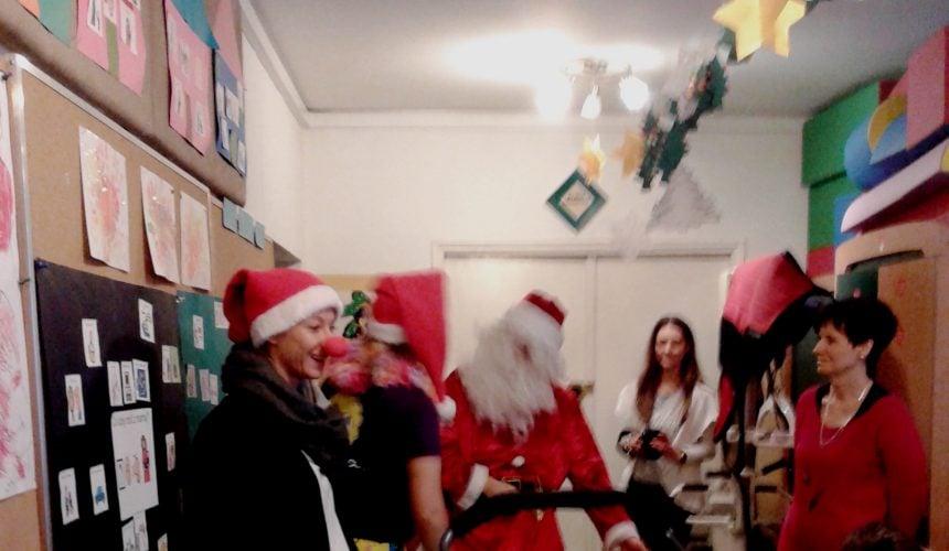 Wizyta Mikołaja w szkole podstawowej (19.12.2014)